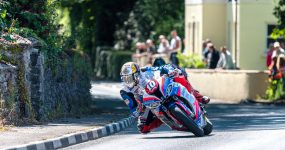 Lato pod znakiem zwycięstw zawodników Dunlopa w wyścigach drogowych