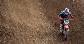 Courtney Duncan wygrywa Mistrzostwa Świata FIM Kobiet w Motocrossie na oponach Dunlopa