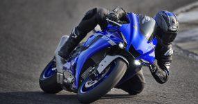 Yamaha przedstawia nowe modele YZF-R1 i YZF-R1M na rok 2020