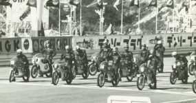 Od krosna do sukcesów w MotoGP – historia Suzuki
